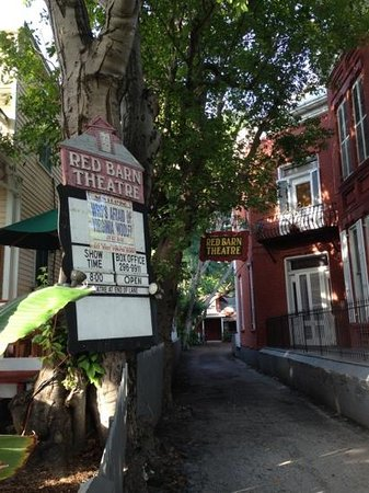 Red Barn Theatre: A little gem in Key West...! :)