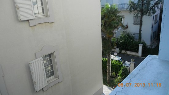 Hotel Ausonia: Вид из номера