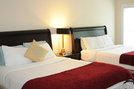 Acorn Hill Lodge and Spa: New Double Queen Suite