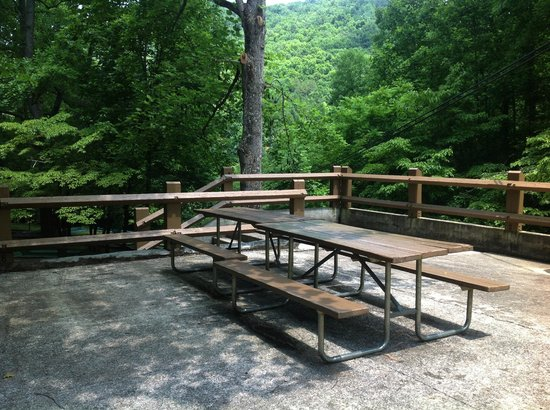 Buckhorn Lake State Resort: Buckhorn bench