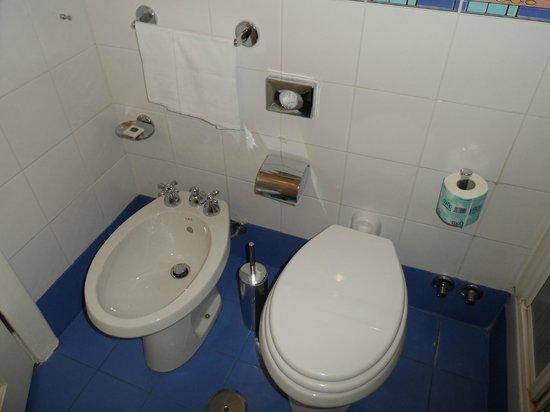 Best Western Hotel Astrid: Bathroom