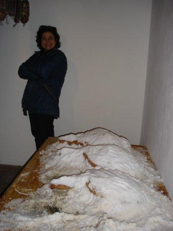 Villa Ferraia: Salumi prodotti nelle loro cantine