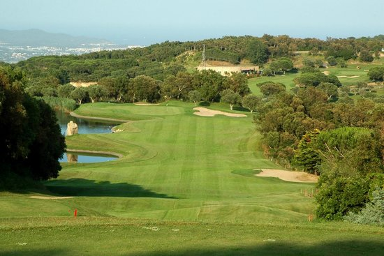Club de Golf D'Aro - Mas Nou: View from Tee #15 - annother narrow fairway waiting...