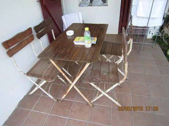 Les Collines Iduki : mobilier de jardin
