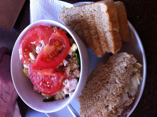 Haven Coffeebar: Tuna melt with onions and cucumbers and couscous salad with feta, herbs and raisins. AMazing. De
