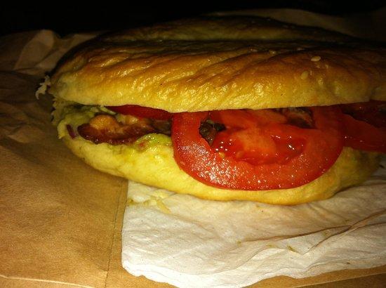 Haven Coffeebar: Homemade bagel with bacon tomatoe and avacado. YUM!