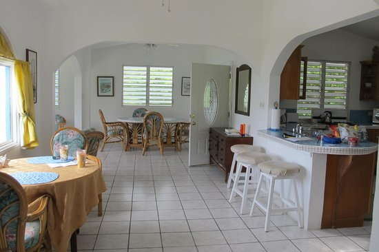 Agape Cottages: Huge room area, P Unit