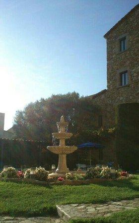 Hotel Sant Joan: Jardín