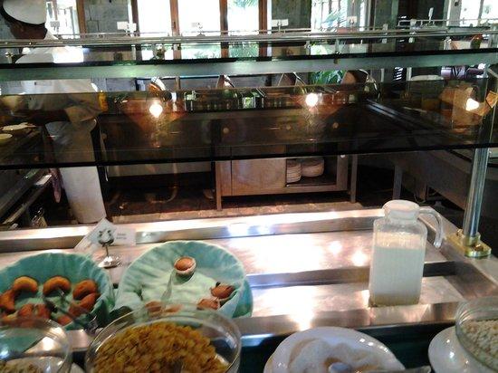 Lake Naivasha Simba Lodge: Dining