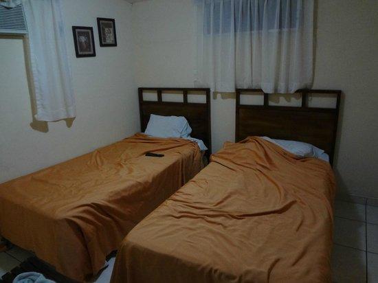 Hotel Meson de Maria: room