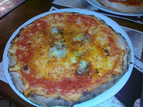 Taverna Rossa: pizza diavola