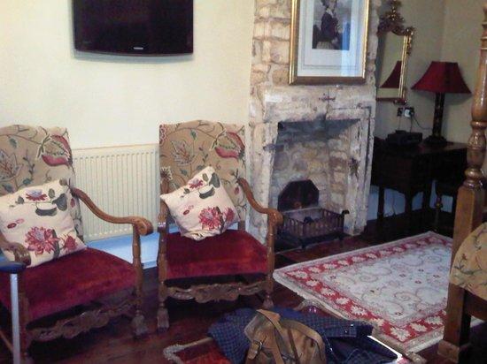 White Hart Royal Hotel: Open fire