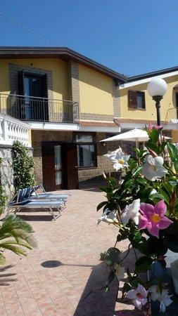 Villa Costanza B&B