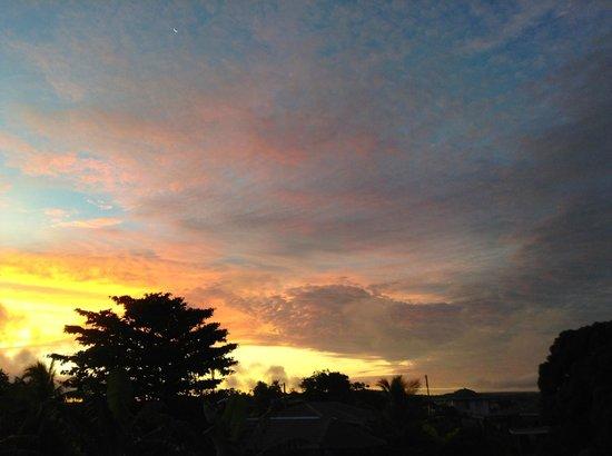 Port of Refuge Villas : Spectacular sunset view from cottage.