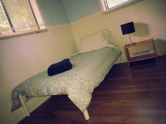 B&B at Salt Spring Apple Company: GoldRush suite single room