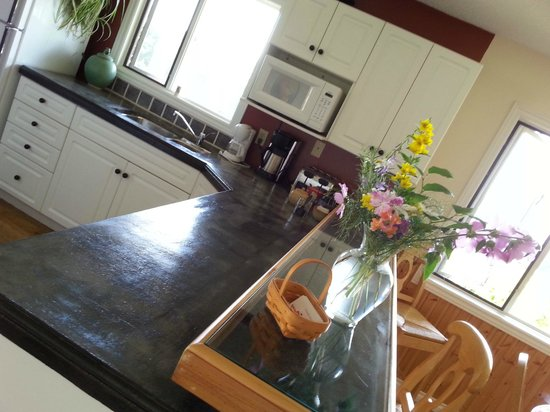 B&B at Salt Spring Apple Company: Kitchen in main B&B is accessible to all