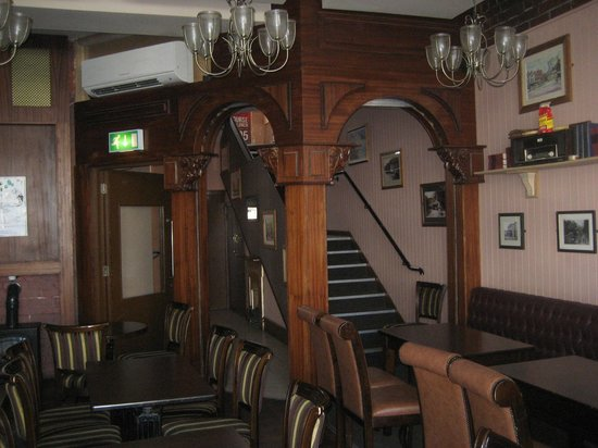 Ronnie Drew's: More restaurant