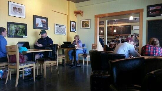 Stimulus Espresso Cafe: Great place to relax and recharge the batteries.