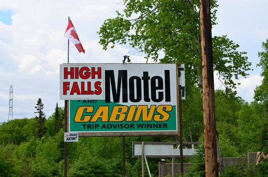 High Falls Motel and Cabins: Keep an eye out for the sign, right off the highway.