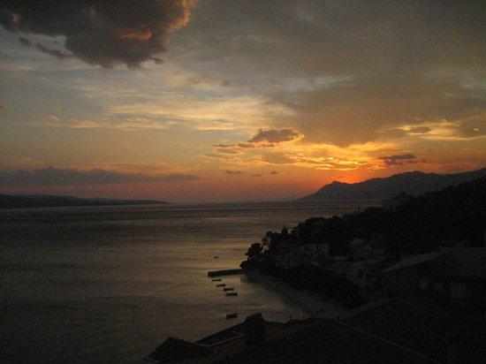 Bratus, Croácia: die Sonne ist untergegangen ...