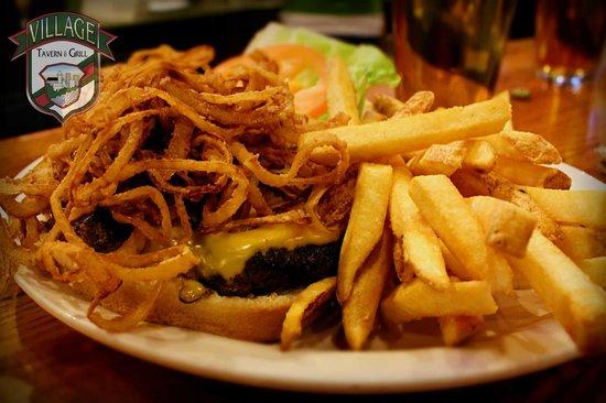 Village Tavern & Grill: Great Hamburgers