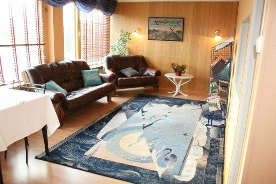 Barents Frokosthotel: shared living room