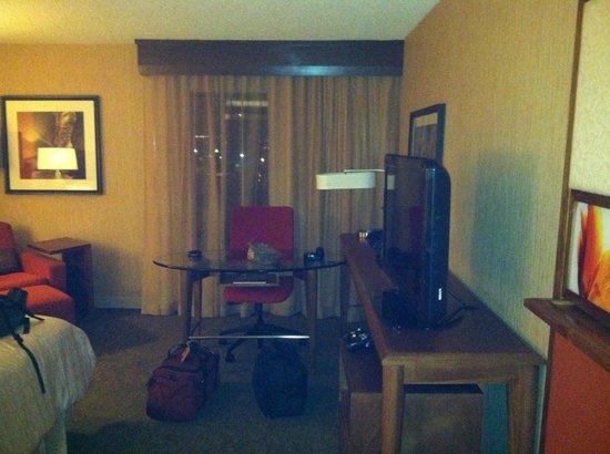 Sheraton Albuquerque Airport Hotel: Room