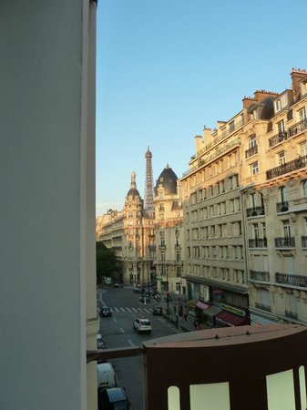 Passy Eiffel Hotel: View from room 33