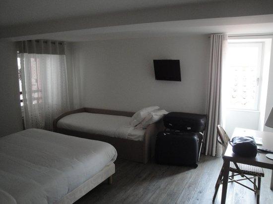 Hotel Chilhar : Rummet