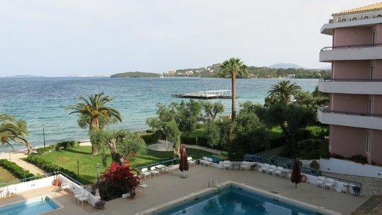 Elea Beach Hotel: Zimmeraussicht