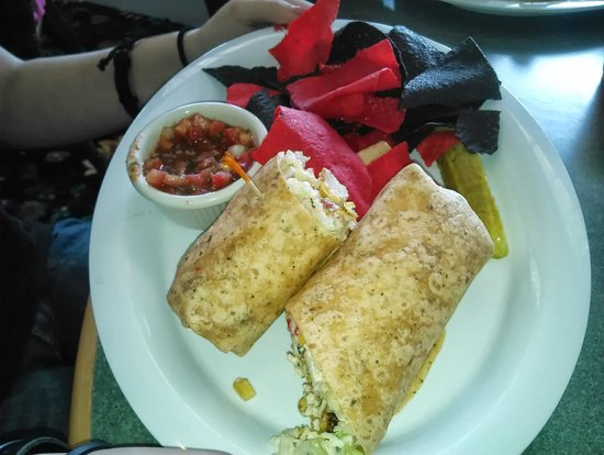 Pink Pony : Santa Fe Chicken Wrap