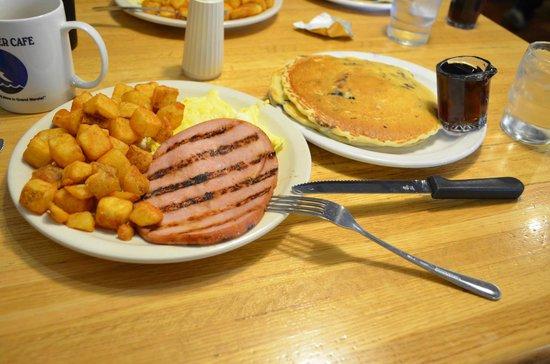 Blue Water Cafe: Breakfast!