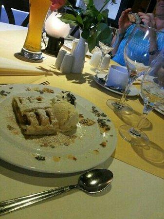 Ratskeller Kiel: very nice food everything perfect!