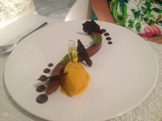 Apocalypsis Restaurant: salty chokolate