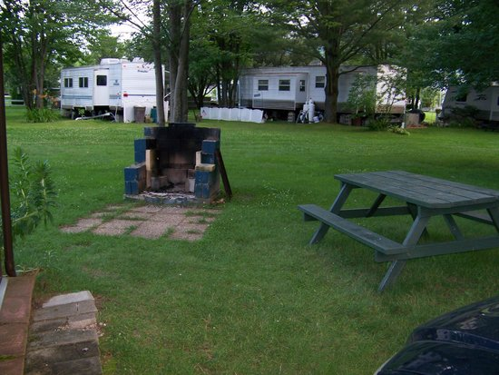 Israel River Campground: private picnic area