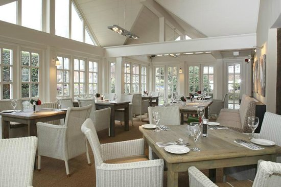 The White Hart: Conservatory