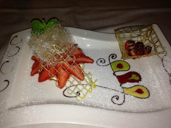 Ristorante L'Antico Forziere: Order your desert first