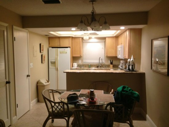 Sea Shells of Sanibel : updated kitchen