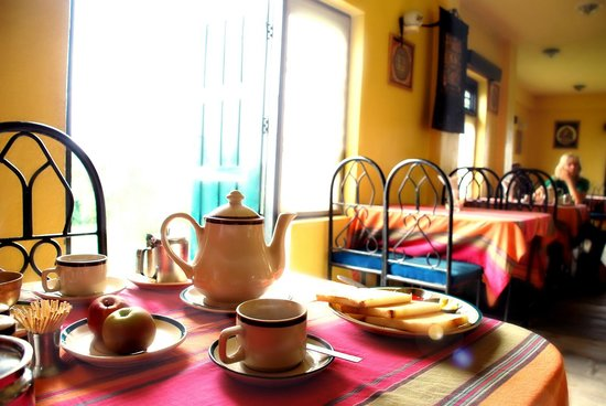 Nepal Planet: La Bella Nepali Restaurant, Planet Bhaktapur Hotel: Breakfast time