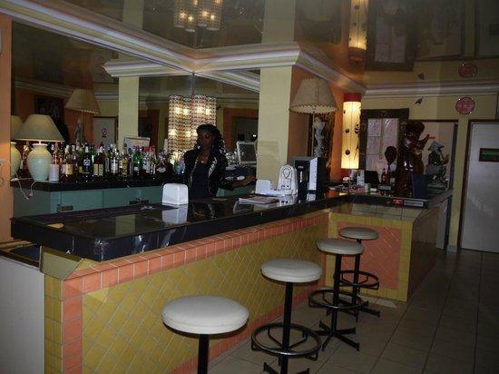 LEET DORIAN HOTEL ( 107€ la nuitée) : Le bar