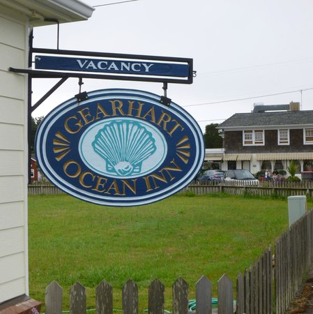 Gearhart Ocean Inn sign