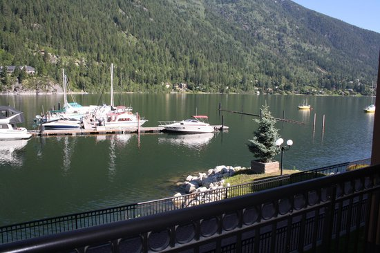 Prestige Lakeside Resort: view from lakeside room