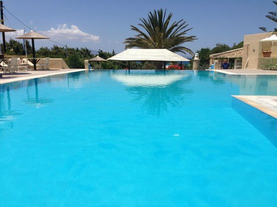 Faros Villa: Pool