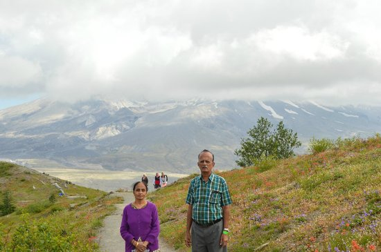 Mount St. Helens Visitor Center: On the walking trails...