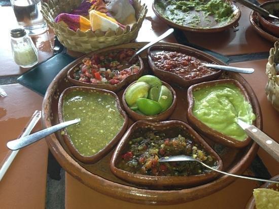 El Fogon : salsa appetizers