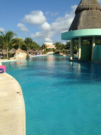 Iberostar Paraiso Maya: Pool shot