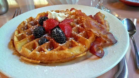 The Old Manse Inn: A delicious breakfast