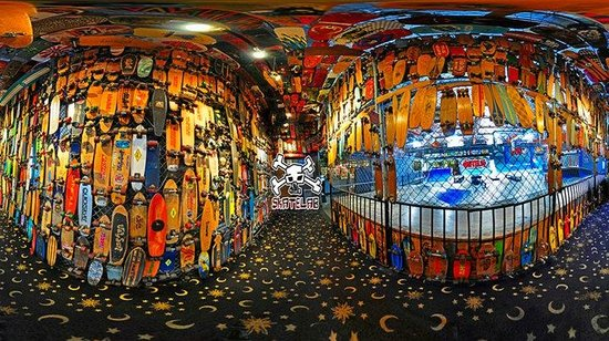 Skateboarding Hall of Fame and Museum : Double Fish Eye