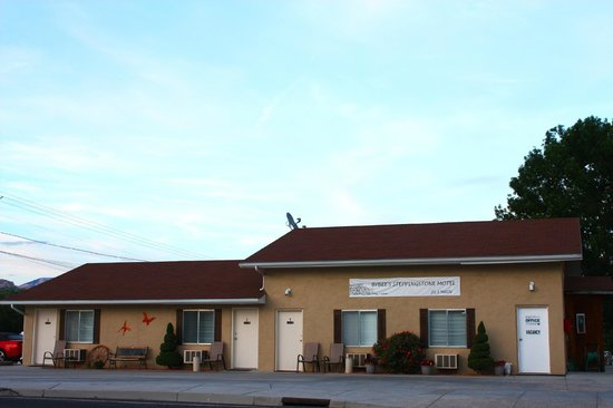 Photo of Bybee's Steppingstone Motel Tropic