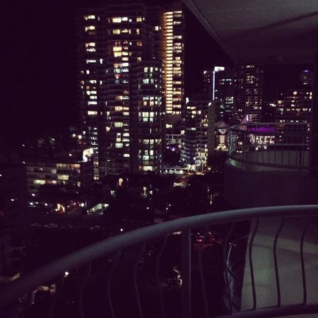 Capricornia Apartments: bright lights of broadbeach from our room